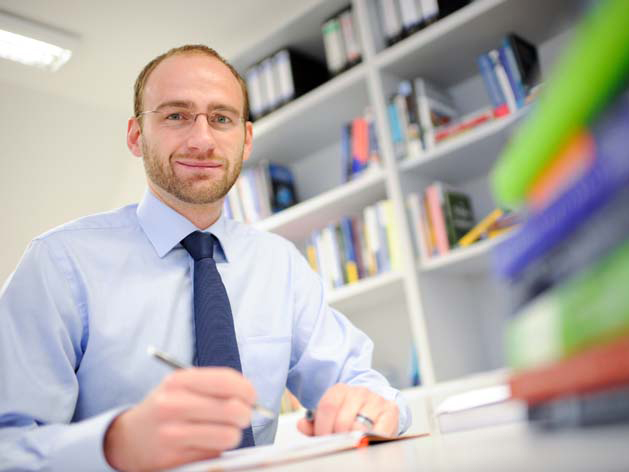 Michael Kaeding: Jean-Monnet-Professor, Universität Duisburg-Essen.