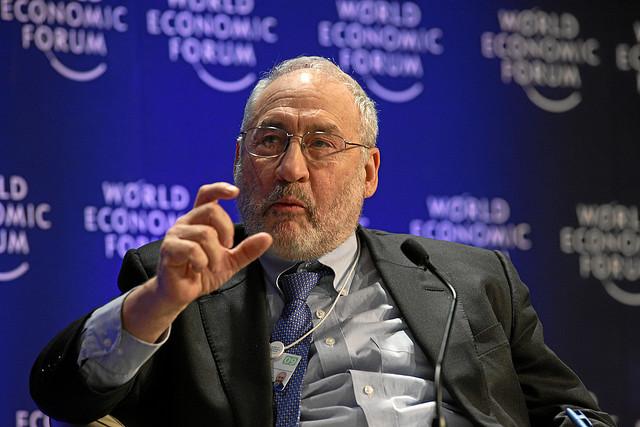 Joseph Stiglitz, Panama Papers, Steuerflucht