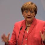 In der Flüchtlingskrise rückt laut Angela Merkel ein gemeinsamer EU-Grenzschutz mit der Türkei näher.
