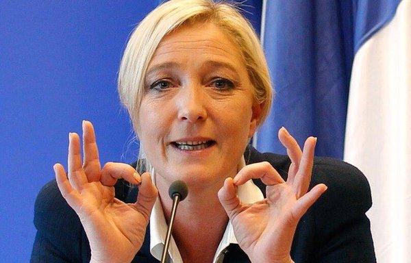 Putin trifft Le Pen - Keine Gespräche über finanzielle Unterstützung