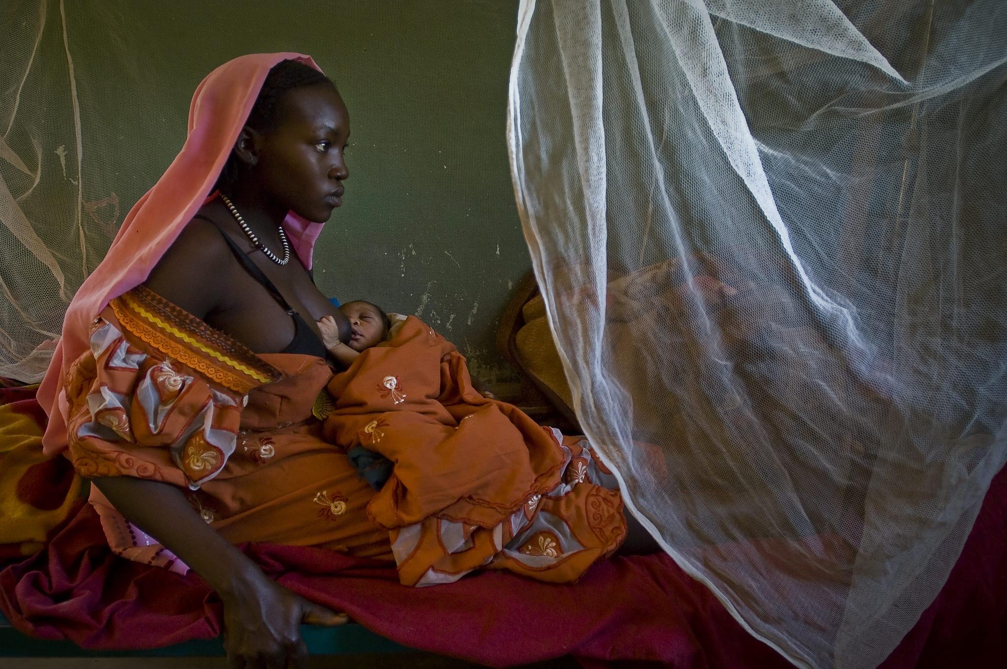 Regierungen der EU versagen beim Schutz weiblicher Flüchtlinge, mahnt Amnesty.