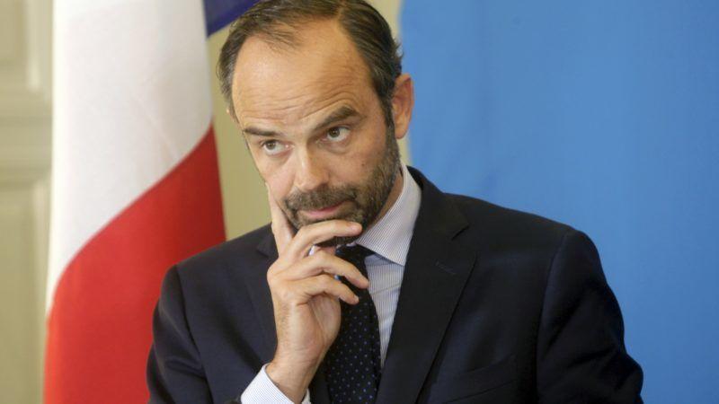 ROUNDUP: Frankreichs Premier gewinnt Vertrauensvotum - Mahnung vor Finanzlage